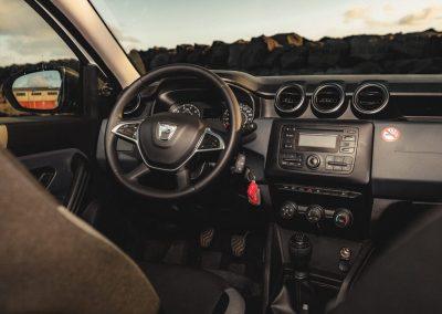 Automobil Dacia Duster interiér