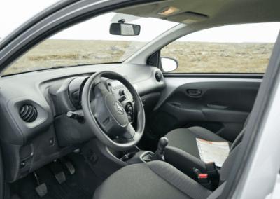 Interier auta na Islandu Toyota Aygo