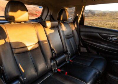 Nissan X-trail auto interiér